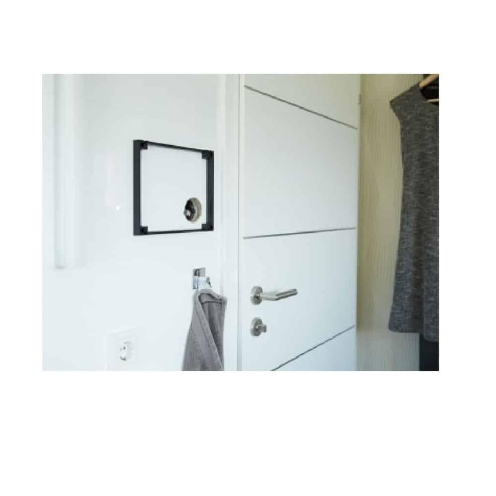 controlmini aufputz flat design rahmen pnx 018 a18 00041 online shop f r geb udeautomation. Black Bedroom Furniture Sets. Home Design Ideas